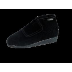 Modelo terciopelo bota
